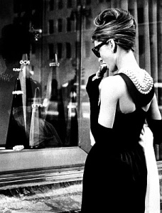 Hepburn_Audrey_Breakfast_at_Tiffanys